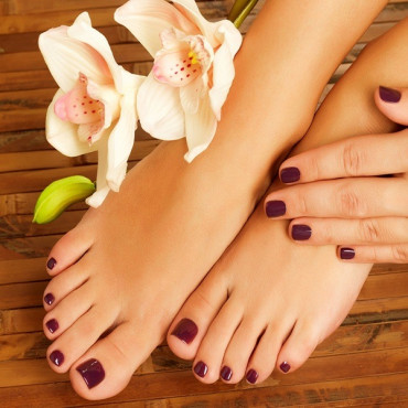 Waxing Is a Form of Semi-Permanent  hair removal lampatcha